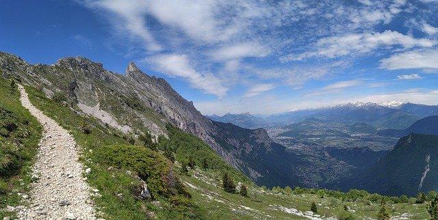 Refuge Vercors : découvrez ses sentiers et hauts-plateaux